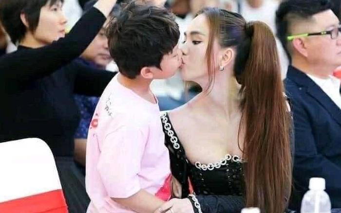 Tranh cãi ảnh Ngọc Trinh hôn chạm môi diễn viên nhí 8 tuổi, gia đình bé có phản hồi ngay và luôn