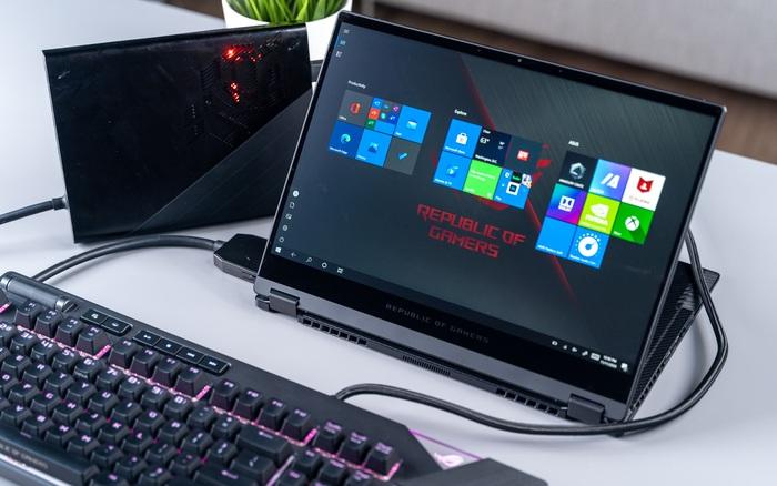 ASUS trình làm laptop gaming mới: Màn hình xoay 360 độ, thân hình 13 inch nhỏ gọn không tưởng