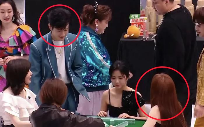 4 khoảnh khắc khó xử tại iQiYi: Huỳnh Hiểu Minh chạm mặt tình cũ, chung phòng với tình địch, Dương Mịch - Nhiệt Ba bị réo tên