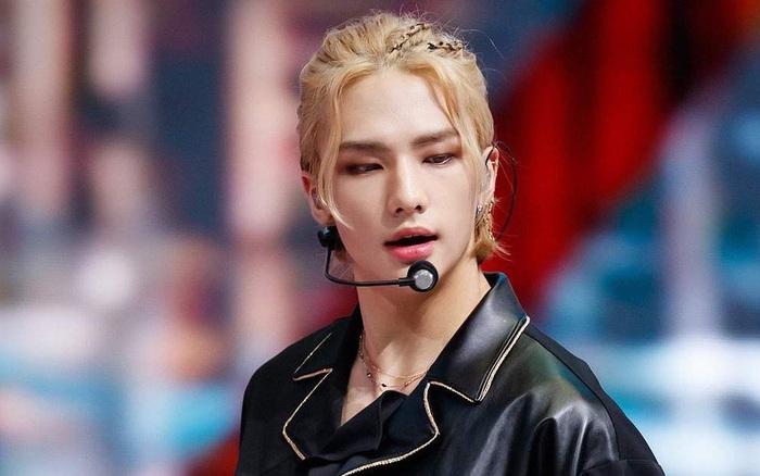 Visual mới nổi của boygroup nhà JYP gây sốt chỉ vì... buộc tóc, bỗng được Knet tôn thành nam idol để tóc dài đẹp nhất Kpop