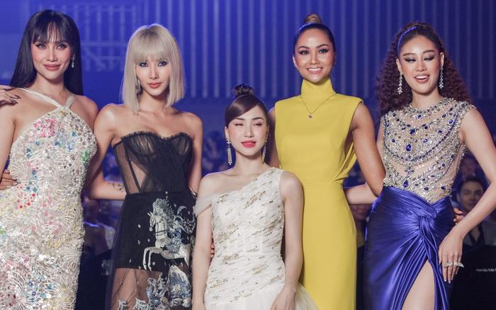 Hoà Minzy như người tí hon lọt thỏm giữa dàn hậu Miss Universe ở gala WeChoice 2020: Chân dài tới nách là có thật!