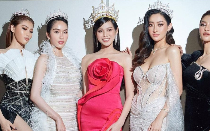 Khung hình hội tụ cả dàn Hoa hậu Á hậu tại gala WeChoice 2020: Toàn chân dài, Đỗ Thị Hà lộ khuyết điểm ở eo nhưng vẫn xinh xỉu