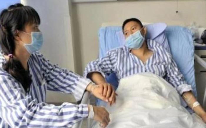 2 vợ chồng phát hiện ung thư cùng lúc, bác sĩ cảnh báo 3 thói quen ăn uống xấu gây ung thư cho cả gia đình