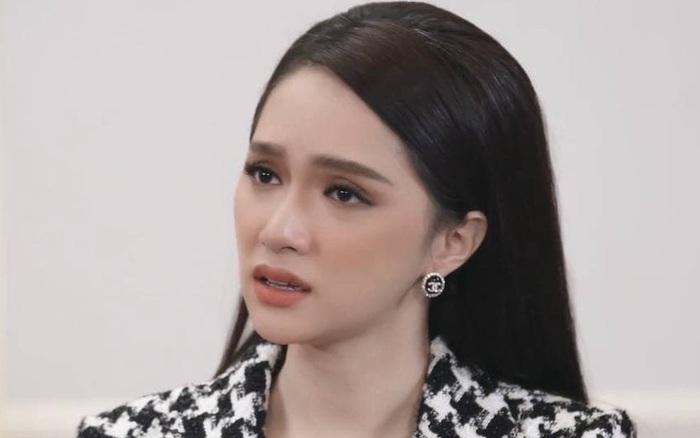 Hương Giang nhíu mày xót xa khi nghe Tường Vi kể về biến chứng hậu phẫu thuật chuyển giới