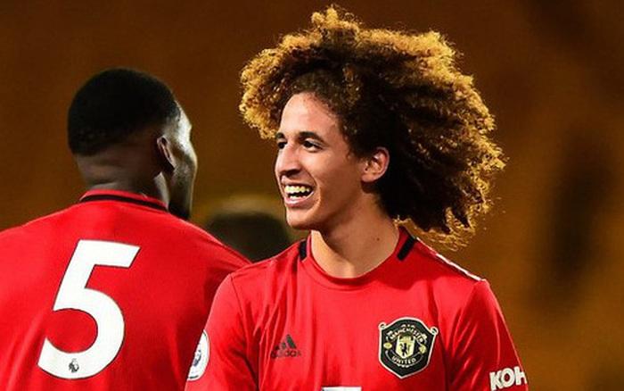 Sao mai 18 tuổi được đôn lên đội 1 Manchester United từng tập nhờ ở lò PVF của Việt Nam