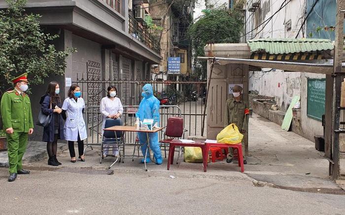 Hà Nội: Phong tỏa nơi ở của ca dương tính SARS-CoV-2 mới tại quận Ba Đình