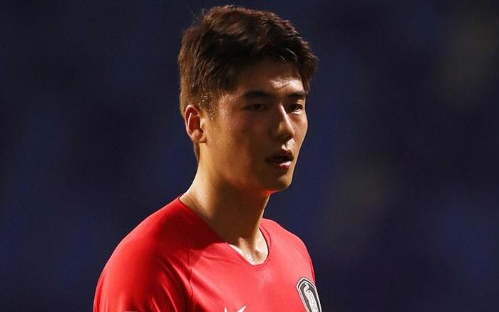 Sốc: Ngôi sao bóng đá Hàn Quốc bị cáo buộc tấn công tình dục 2 nam sinh thời tiểu học, khiến