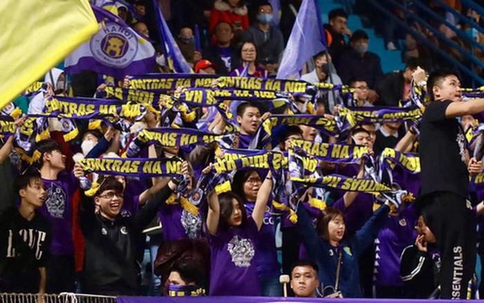 Fan Hà Nội FC kêu trời vì loạt thông tin