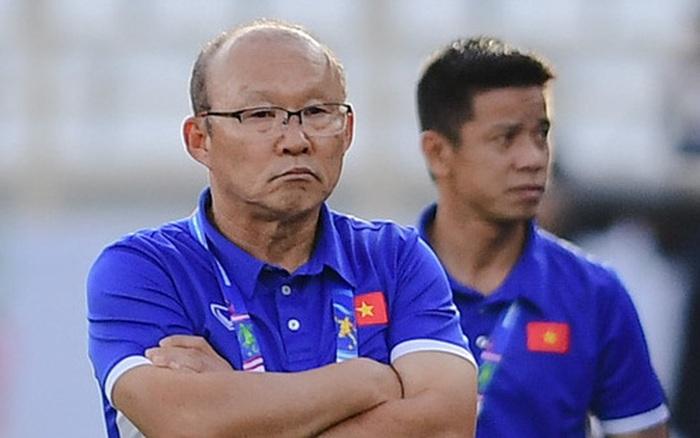 HLV Park Hang-seo cảm thấy có lỗi với các trợ lý và tuyển thủ Việt Nam