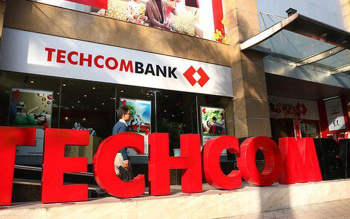 Ngân hàng Techcombank gặp lỗi giao dịch online giờ cao điểm ngay giáp Tết, người dùng kêu trời