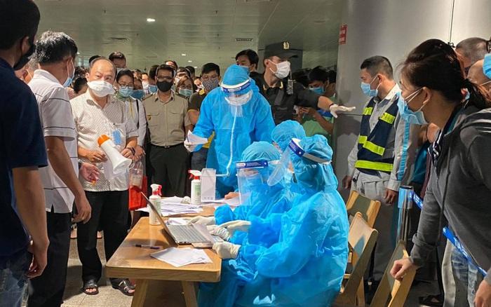 30 người tiếp xúc nhân viên sân bay Tân Sơn Nhất âm tính với SARS-CoV-2