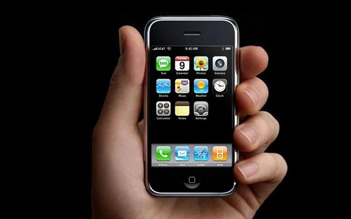 Điện thoại thông minh đã thay đổi như thế nào trong 10 năm qua?