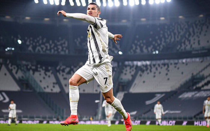 Juventus đại thắng ngày Ronaldo lập kỷ lục mới