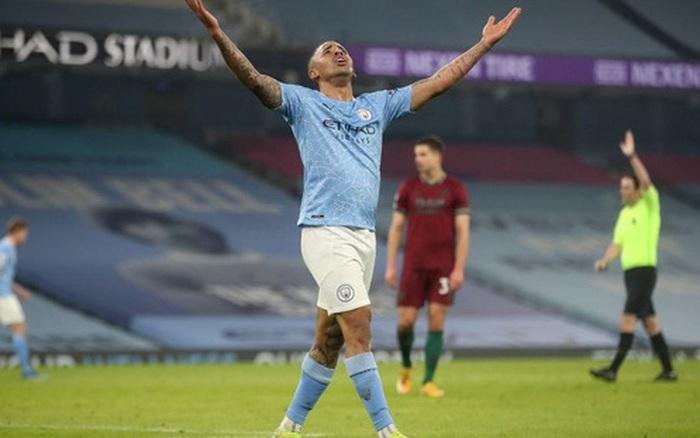 Giành chiến thắng thứ 21 liên tiếp, Manchester City gia tăng cách biệt với nhóm bám đuổi trên BXH