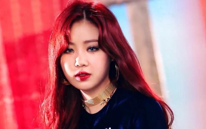Soojin ((G)I-DLE) chính thức bị dừng hoạt động nhưng CUBE vẫn một mực bảo vệ, netizen lại muốn đuổi cô rời nhóm luôn đi!