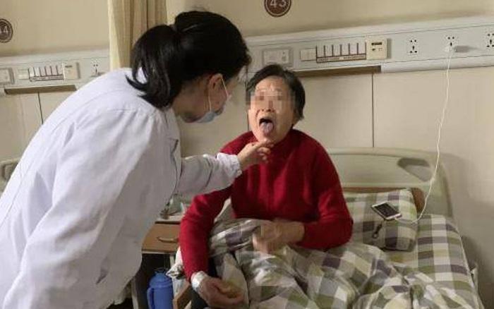 Người phụ nữ bị đau thắt ngực, rơi vào nguy kịch chỉ vì chữa hóc xương theo cách dân gian nhiều người làm