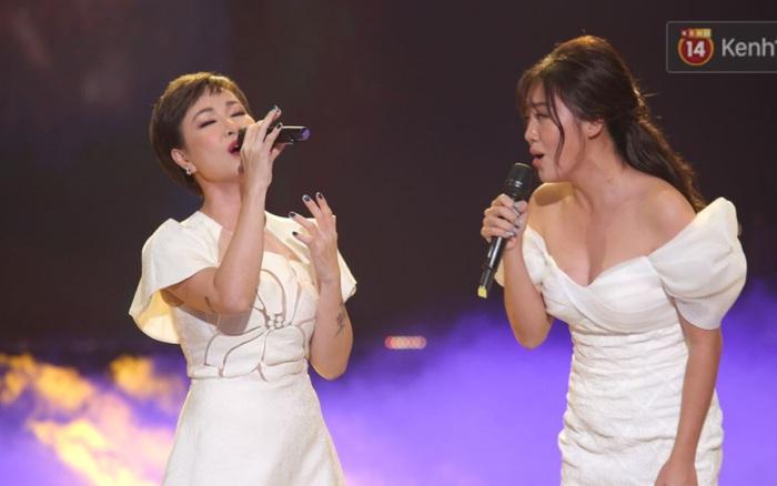 Uyên Linh và Văn Mai Hương tái ngộ, song ca OST Về Nhà Đi Con còn xúc động gửi lời cảm ơn Vietnam Idol
