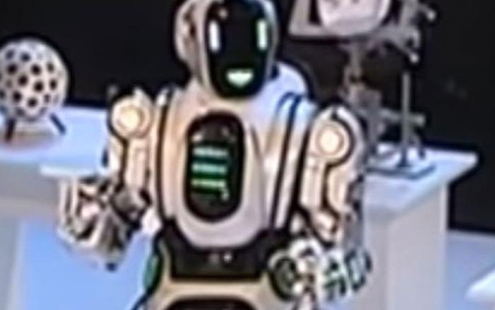 Chú robot lên TV nhưng thông minh đáng ngờ, sự thật