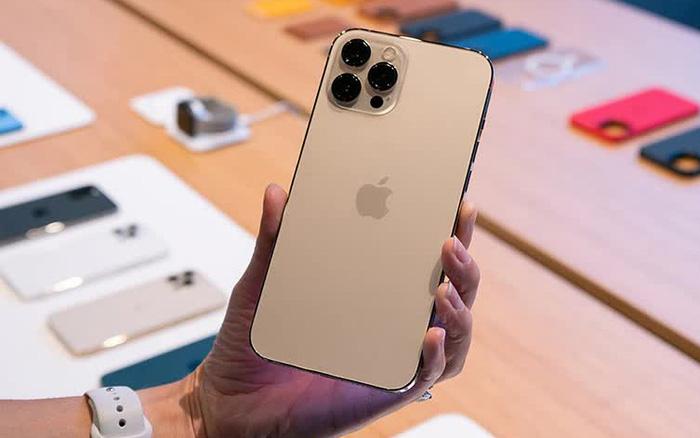 Giá iPhone 12 Pro Max đã qua sử dụng được giảm sâu, tuy nhiên người dùng vẫn thờ ơ! Vì sao?