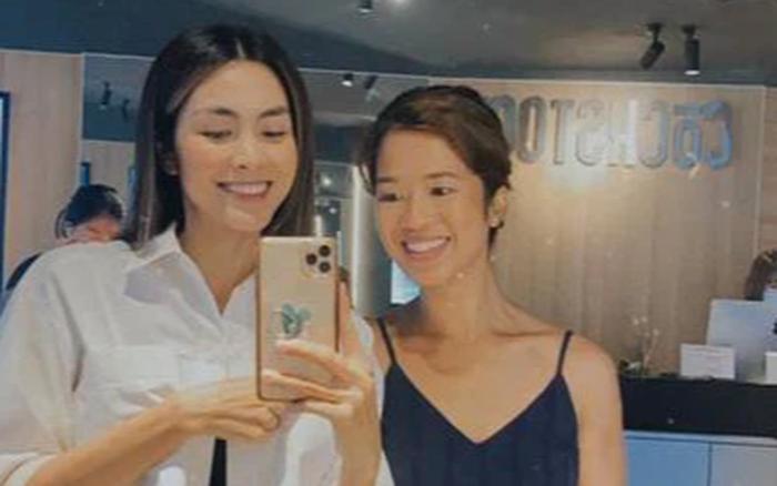 Lâu lắm mới thấy Hà Tăng hội ngộ em chồng nhà tỷ phú: Xuề xòa mà xinh cả đôi, visual nàng ngọc nữ đúng là không đùa được