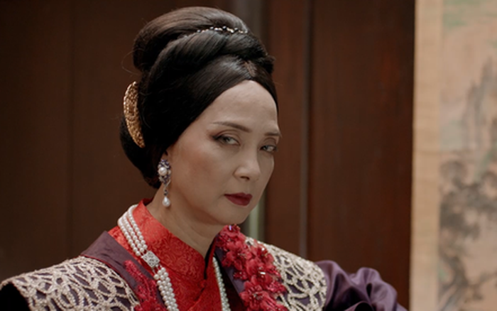 Bí ẩn vũ trụ: Vì sao NSND Lê Khanh lại đồng ý đóng phim thảm họa như Kiều?