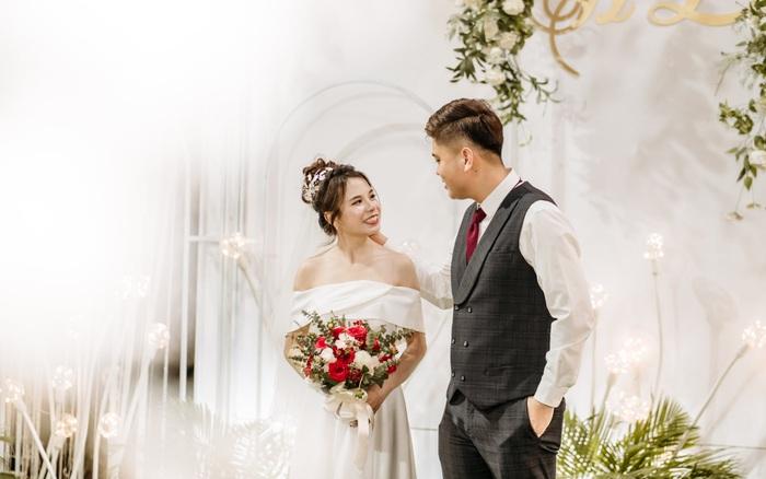Từ Úc trở về phải cách ly, nữ Việt kiều yêu rồi cưới luôn nam bác sĩ chăm sóc mình