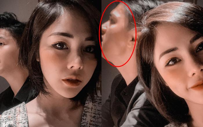 Vợ sắp cưới của Huỳnh Anh selfie theo tiêu chí mình đẹp là được, còn bạn trai mặt