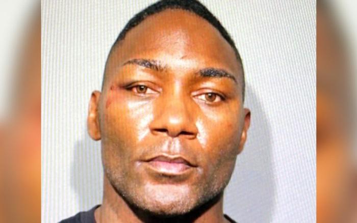 Đang say sưa tại sòng bạc, võ sĩ nổi tiếng bị cảnh sát bắt gọn vì cáo buộc