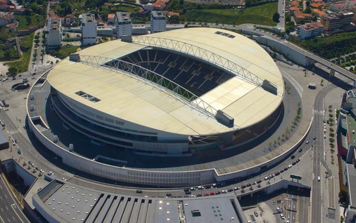 Chính thức: Đổi địa điểm diễn ra trận chung kết Champions League