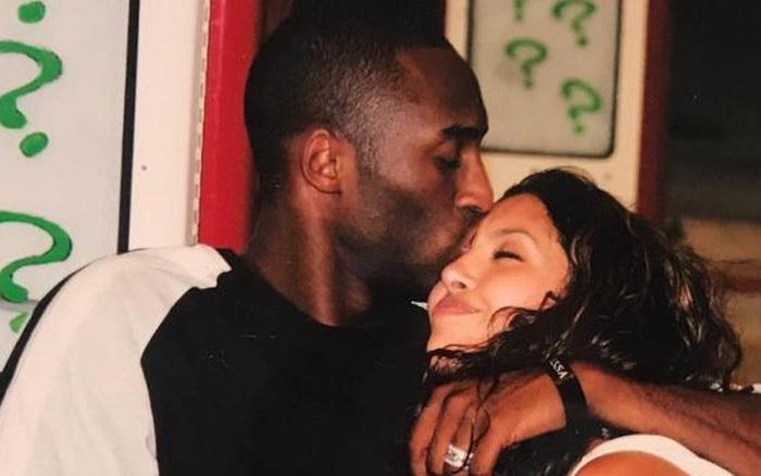 Nghẹn ngào trước tâm thư của vợ Kobe Bryant: