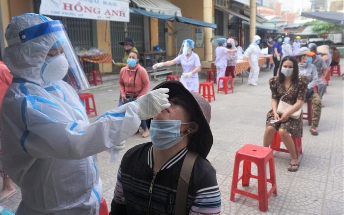 Chủ quán cơm gà mắc Covid-19 chưa rõ nguồn lây ở Đà Nẵng từng tiếp xúc với rất nhiều người ở chợ