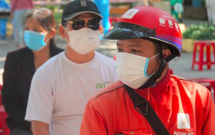 Quán xá đìu hiu, tài xế, shipper ở Đà Nẵng buồn bã vì thất nghiệp: