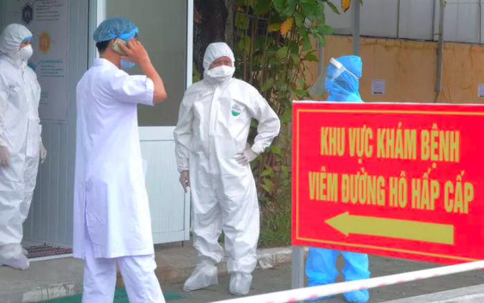 Lịch trình dày đặc của nam nhân viên spa dương tính với SARS-CoV-2 ở Đà Nẵng: Đến bến xe, bar, karaoke, siêu thị, cafe