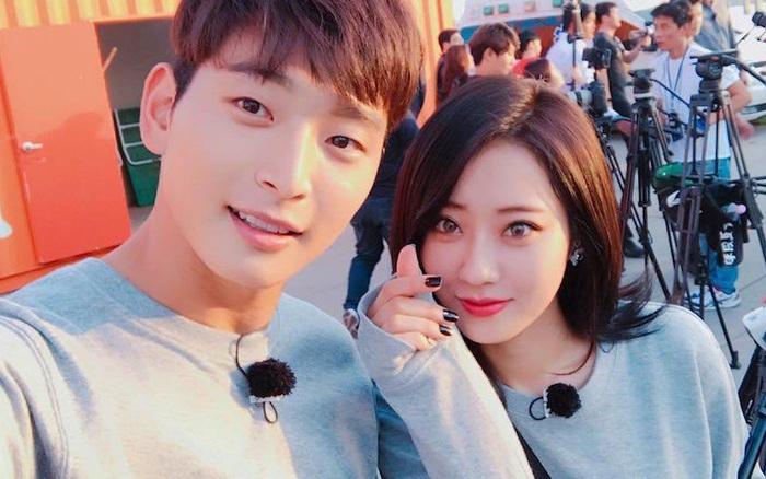 Cặp idol sexy nhất Kpop Jinwoon (2AM) và mỹ nhân bốc lửa Kyungri chia tay sau 4 năm hẹn hò