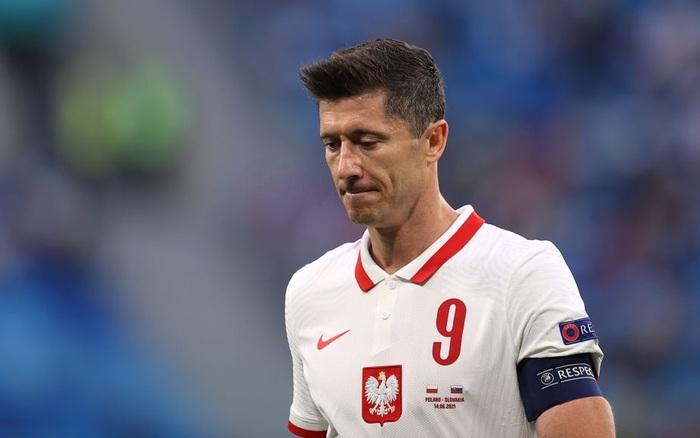 Cầu thủ liên tục mắc lỗi, ĐT Ba Lan nhận thất bại tại Euro 2020