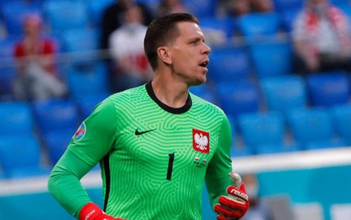 Euro 2020: Thủ môn tuyển Ba Lan lập kỷ lục tồi tệ mà ai cũng muốn tránh xa