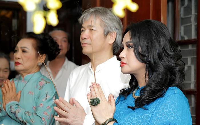 Diva Thanh Lam tổ chức lễ dạm ngõ với bạn trai bác sĩ ở tuổi 51, nụ cười hạnh phúc chứng minh tất cả!