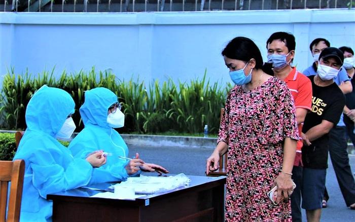 Đà Nẵng thêm 17 ca dương tính SARS-CoV-2: 13 người liên quan BN 29187, 4 trường hợp về từ TP.HCM