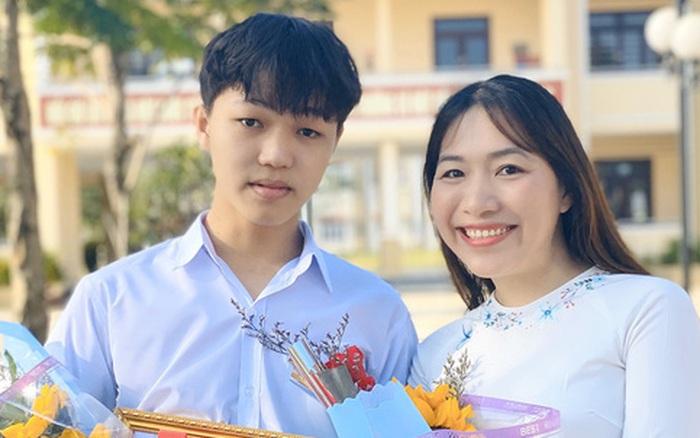 Nam sinh đầu tiên đạt 10 điểm Văn tốt nghiệp THPT, được Giám đốc Sở GD-ĐT khẳng định