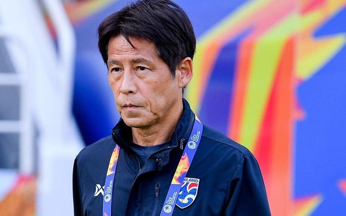 HLV Akira Nishino khẳng định không có chuyện cắt liên lạc với LĐBĐ Thái Lan