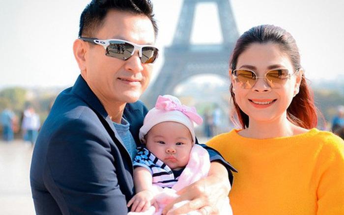 Thanh Thảo đăng ảnh ôm con gái cùng dòng trạng thái lạ, nghi vấn trục trặc hôn nhân với ông xã Việt Kiều?