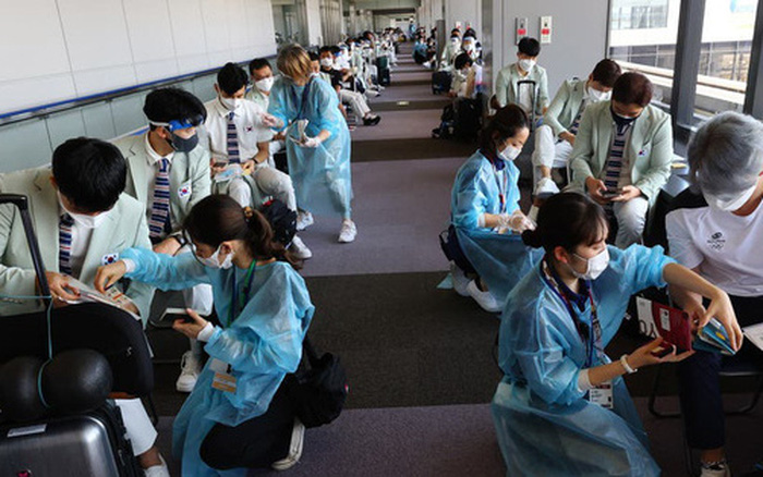 Lo ngại phóng xạ Fukushima, đoàn thể thao Hàn Quốc tự thuê người nấu và sàng lọc thức ăn cho vận động viên