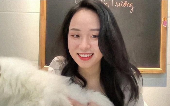 Cô giáo Vật lý đang hot thanh minh chuyện đã có bạn trai, còn tha thiết mong netizen làm 1 điều cho mình
