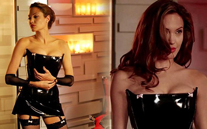 Angelina Jolie và chiếc váy đen huyền thoại ở Mr & Mrs Smith đúng là bất hủ, chẳng trách hồi đó Brad Pitt u mê không lối thoát