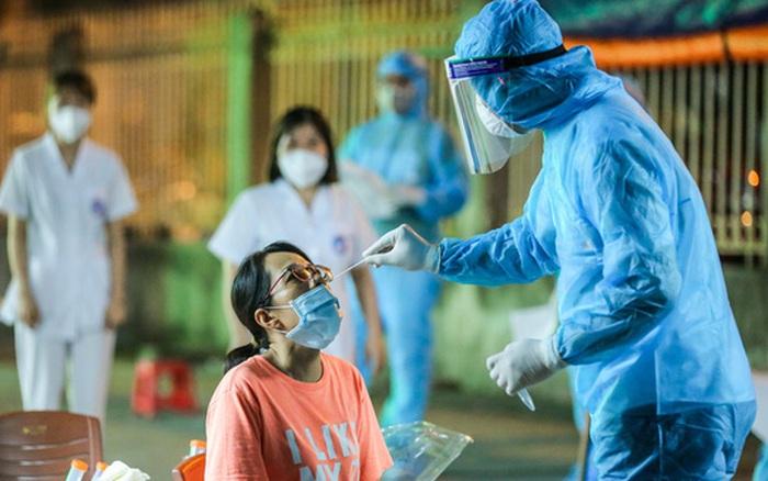Ngày 26/7, Việt Nam ghi nhận 7.859 ca mắc COVID-19, riêng TP.HCM có 5.997 trường hợp