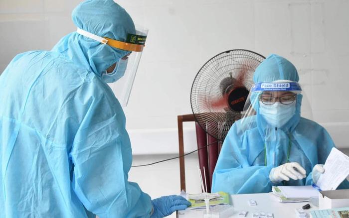 Hà Nội thêm 19 ca dương tính SARS-CoV-2, trong ngày có tổng 64 ca