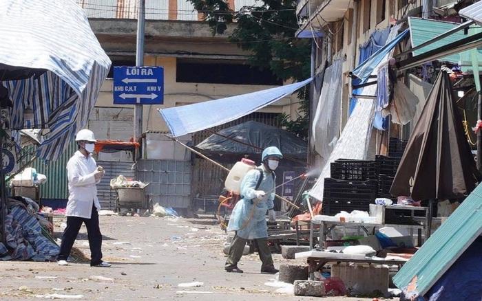 Hà Nội đóng cửa, phong toả chợ đầu mối phía Nam do một tiểu thương dương tính SARS-CoV-2