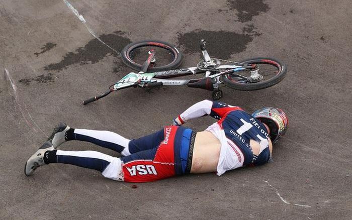 Nhà vô địch Olympic bị xuất huyết não sau tai nạn kinh hoàng