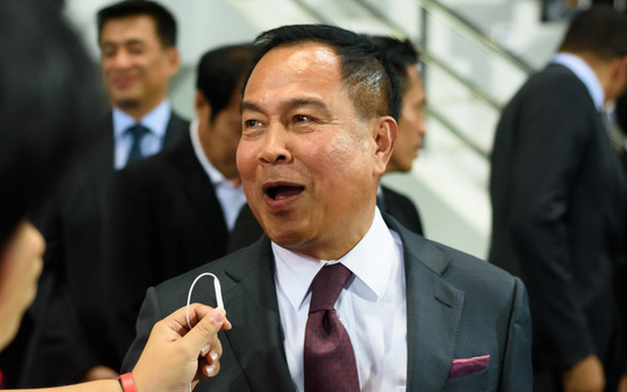 """CĐV Thái Lan phẫn nộ, đòi """"bẻ ghế"""" của Chủ tịch LĐBĐ sau vụ HLV Nishino bị sa thải"""