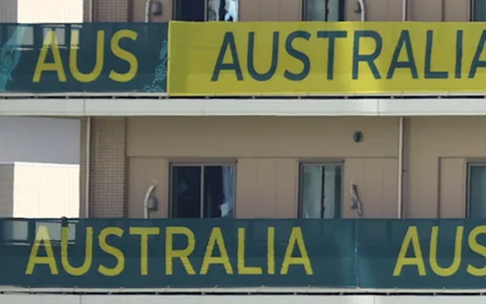 Góc ý thức kém: VĐV Australia để lại bãi nôn trong phòng, đập thủng tường trước khi rời làng VĐV Olympic